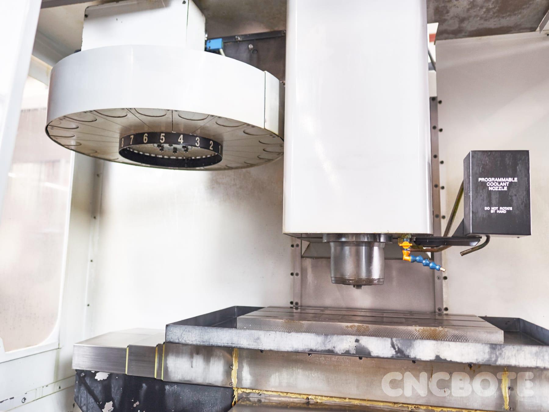Haas Mikron VCE 500 Bearbeitungszentrum