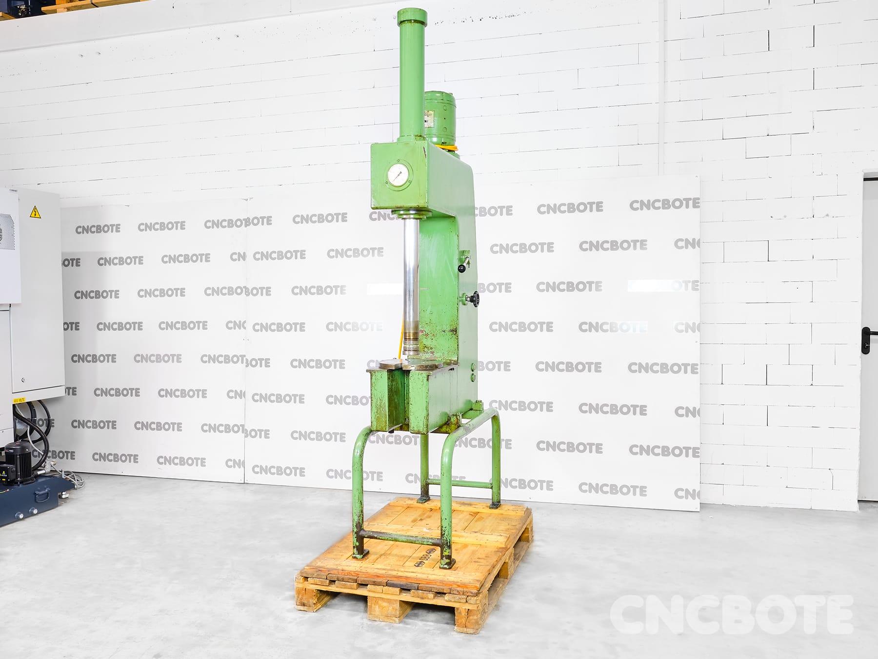 Hydraulik-Presse