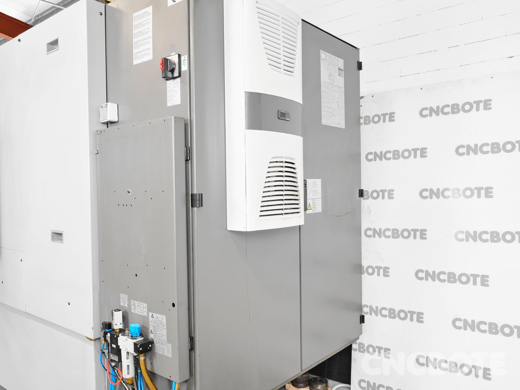 Chiron FZ 15W Bearbeitungszentrum